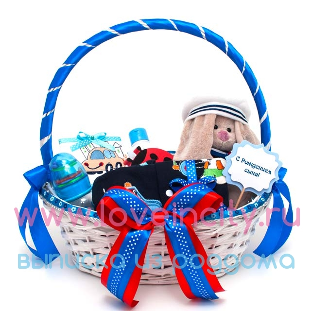 Корзина с подарками на рождение 458
