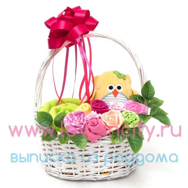 Корзинка с подарками для новорожденных 34